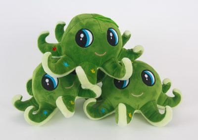 600-green-octopus-product-photo-three-toys