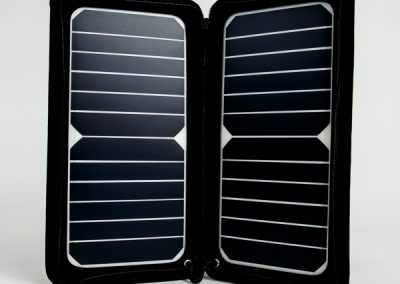 600-solar-portable-solar-panel-product-photography-shoot